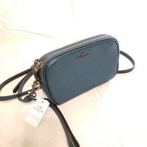 NWT Coach Pebble Leather Wristlet Crossbody